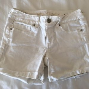 American Eagle Outfitters MIDI White Jean Shorts
